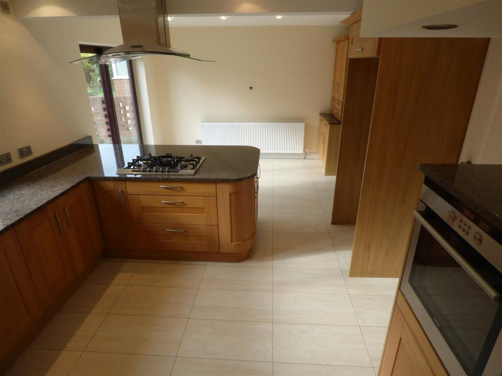 5 bedroom detached house for sale - Sunnybank Walk, Mirfield, WF14 0NH