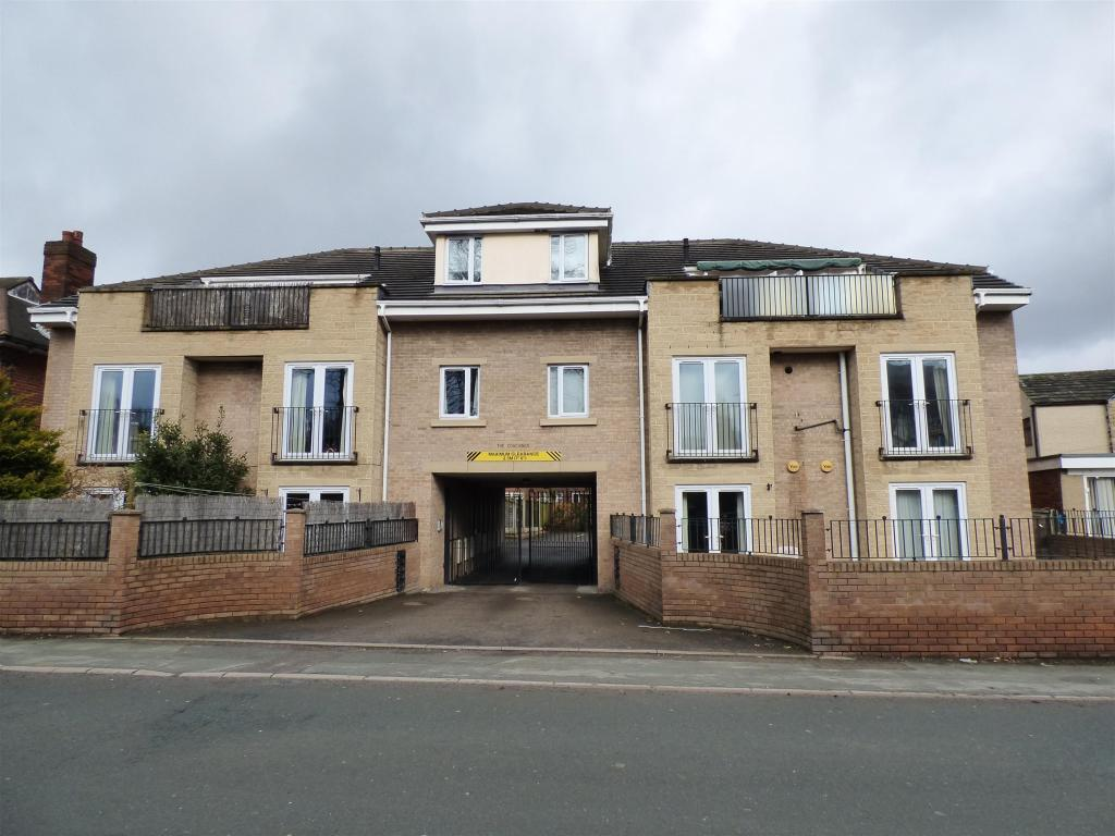 2 bedroom apartment to rent - The Coaching, Lee Green, WF14 0BL