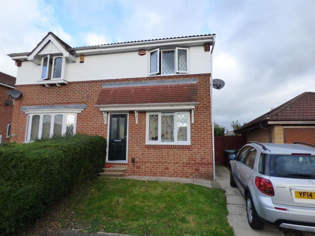 3 bedroom semi-detached house to rent - The Coppice, Mirfield, West Yorkshire, WF14 0PG