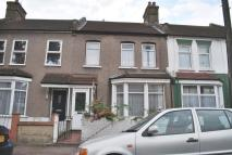 3 bedroom house in Alexandra Road, East Ham...