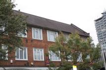 Maisonette in Tolworth Broadway...
