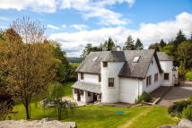 Detached home in Dollar, Clackmannanshire...