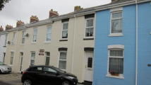 Terraced property to rent in St. Edmunds Road...