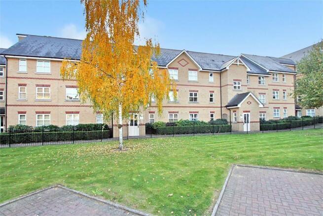 2 Bedroom Apartment For Sale In Winstanley Court Cambridge Cb1