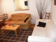 2 bedroom Apartment in Triangle Place, Clapham