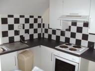 Flat to rent in Bow Street, Guisborough...