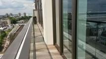 2 bedroom Apartment in 375 Kensington High...