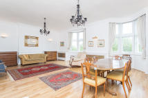 4 bedroom Apartment to rent in Hyde Park Place, London...