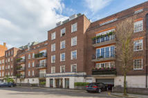 2 bedroom Apartment to rent in Reeves Mews, London, W1K