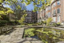 6 bedroom Town House in Green Street, London, W1K