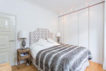 1 bedroom Flat to rent in Park Lane, London, W1K