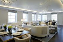 3 bedroom Flat in Grosvenor Square, London...