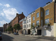 4 bed Town House for sale in Farm Street, London, W1J