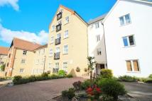 2 bedroom Apartment in Henry Laver Court...