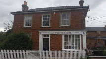 property to rent in 10 Market Place,
