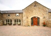 Detached property to rent in Broomhouse Farm Court...