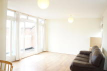 2 bedroom Apartment to rent in Edith Road, London, SW19