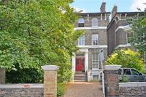 Beaconsfield Road Flat to rent