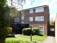 2 bed Flat to rent in Middlefields...
