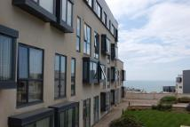 Flat to rent in Suez Way, Saltdean, BN2
