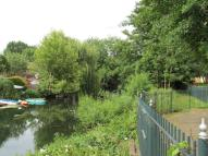 2 bedroom Flat in Enfield Island Village...
