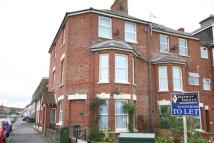 Apartment to rent in Claremont Road, Seaford...