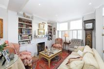 3 bedroom Terraced house in Colehill Lane, London...