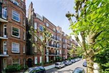 2 bed Flat in Lissenden Mansions...