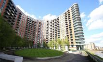 Studio flat in New Providence Wharf...