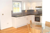 2 bed Detached house to rent in Mutrix Road...