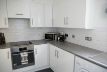 2 bed Flat in CREMER STREET, London, E2
