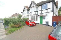 Detached house to rent in Manor road, EN5