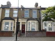 Daubeney Road Terraced house for sale