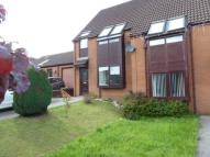 3 bed semi detached house in Five Locks Close ...