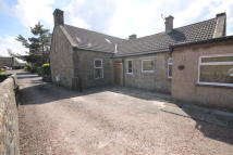 2 bedroom Semi-detached Villa in Kirk Lane...