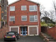 Flat to rent in Brook Street...