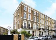 5 bedroom End of Terrace property in OAKLEY SQUARE, London...