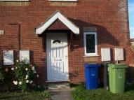 2 bedroom home in Woodhill Avenue...