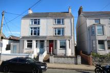 4 bed semi detached home in High Street, Rhosneigr...