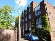 Flat in Northcote Court...