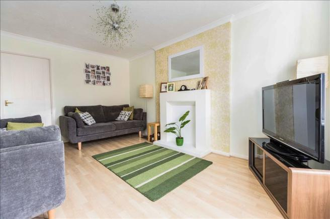 3 bedroom semi detached house to rent in tamworth avenue for Kitchen ideas 3 bed semi