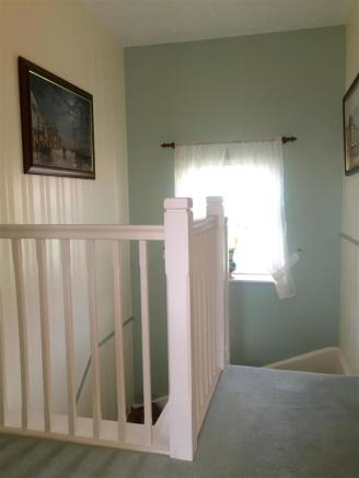siskin hallway 2.jpg