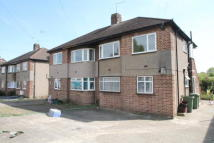 Maisonette to rent in Maylands Drive, Sidcup...
