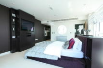 Penthouse for sale in Western Gateway, London...