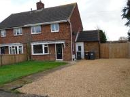 3 bed semi detached home to rent in Wootton