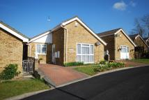 2 bedroom Detached Bungalow for sale in Kent Close, Well End...