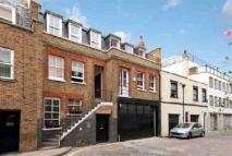 Mews to rent in Weymouth Mews, Marylebone