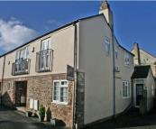 2 bedroom End of Terrace property for sale in College Road...