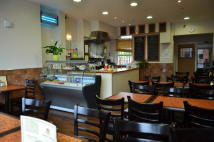 Cafe in Bowes Road, London, N11 for sale
