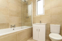 2 bedroom Flat for sale in 7 Parkhead View...